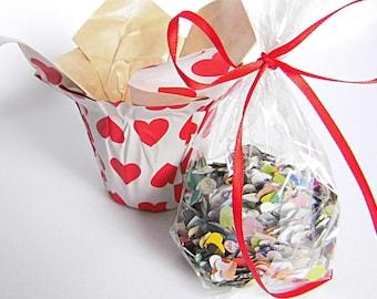 Confetti in the heart pot confetti Wedding Confetti Heart