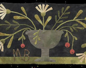 Pattern: Old Settlement wool appliqué runner by Maggie Bonanomi