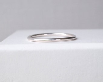 Plain Silver Band - Simple Silver Ring - Sterling Silver Wedding Band - Silver Stacking Ring - Minimalist Ring - Round Band - Promise Ring