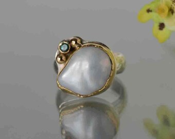 Large White Pearl Ring, Baroque Pearl Ring in Gold and Silver, June Birthstone, White Pearl Statement Ring, Size 8, Mother of the Bride