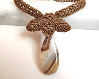 Macrame Necklace With Coffee Agate Pendant, Brown Macrame Necklace