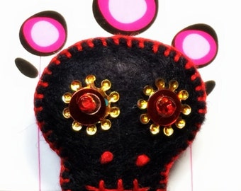 Sugar Skull Wool Felt Pin - Black w/Gold
