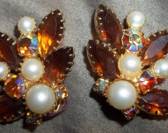 The MOST Adorable Amber Rhinestone and Pearl Vintage Earrings