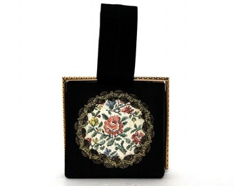 Vintage 1940s Purse // Black// Metal Fram// Tapestry Ornamentation// Shiny Trim//Floral//Handbag//Strap Handle// 40s Purse