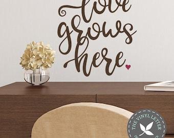 Love Grows Here Heart Wall Vinyl Decal Home Decor Sticker