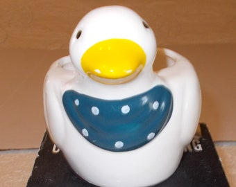 "Ceramic Scouring Pad Holder ""Duck"" 4 inch High x 5 inch Wide"