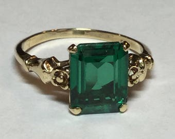Vintage Mid Century 10k Yellow Gold Simulated Emerald Statement Ring Size 7