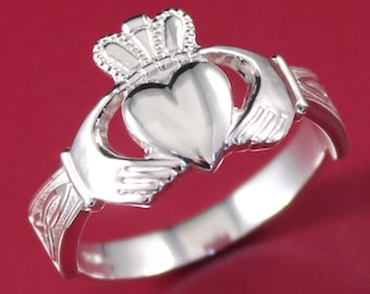 Claddagh ring, Mens Claddagh ring, heavy weight. Sterling silver, 10K, 14K or Platinum Claddagh ring