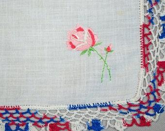 1940's Handkerchief Embroidered Roses Scalloped Crochet Trim Unused Hanky