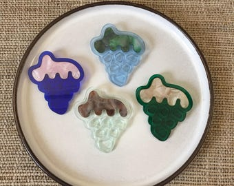 Translucent grapes marbled inlay acrylic brooch