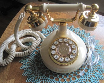 Push Button Telephone, Western Electric, Serial No. 0859551, Beige/Almond Color, Tested-in working condition, Vintage