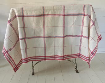 NCT030 Blue and Red Cafe Checked Tablecloth