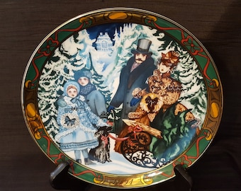"Bringing Home the Christmas Tree Royal Copenhagen Plate ""Juletraeet hentes"" 1st Issue; 1991"