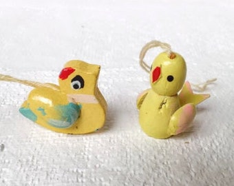2 Vintage Easter Ornaments or Spring Decorations , Baby Duck and Baby Chick Bird Ornaments, Vintage Hand Painted Wood Easter Ornaments