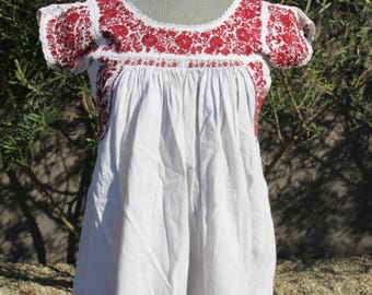 amazing vintage mexican cotton floral embroidered top xs/sm