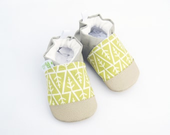 Organic Vegan Little Forest in Mustard / non-slip soft sole baby shoes / made to order / babies toddlers preschool