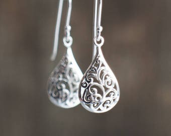 Sterling Silver Filigree Earrings, Gift for Her, Silver Drop Earrings, Lightweight Dangle Earrings, Bridesmaid Gift, Silver Jewelry