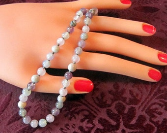Vintage Shades of Lavender Bead Necklace