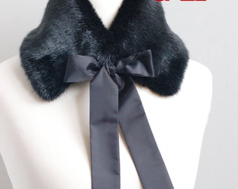 Christmas SALE 10% OFF Black faux fur collar. Fake fur collar. Faux fur neck warmer