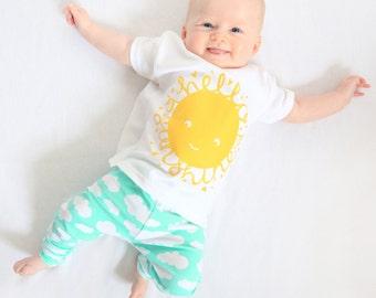 Hello Sunshine Baby Tshirt // Toddler t-shirt // Kidswear // Kids Tshirt // Kids top // Sunshine Tshirt // Childrens Tshirt