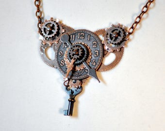 Steampunk Necklace, Tin Man's Heart, Victorian Necklace, Clockwork Necklace, Skeleton Key Necklace, Copper Necklace, Bronze Necklace