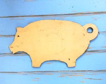 Farmhouse Pig Wall Hanging Primitive Rustic Vintage Handmade Folk Art