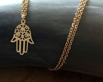 Hamsa Gold - necklace with a beautiful Hamsa hand pendant. goldtone, cute, steel, good luck, protect, decorative, cut-outs