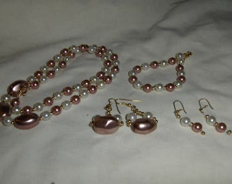 Glass Pearl Nuggets 4 piece sets
