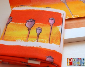 Exclusive 'poppy' seedpods motif digitally printed 100% cotton fabric fat quarter