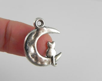 10 Cat on Moon Charms in Antiqued Silver - 23mm x 17mm