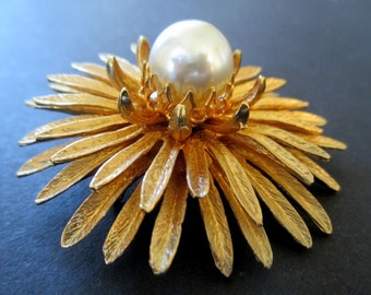 Flower Pin With Faux Pearl * Layered * Large * Vintage Statement Brooch