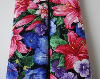 1 pair seatbelt covers car  flowers blue,red,pink,purple