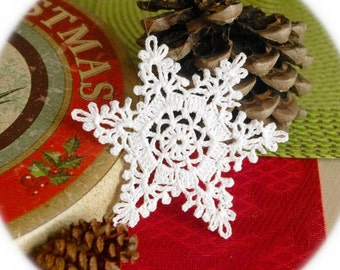 Crochet snowflakes Hanging Christmas snowflake ornaments White hanging ornaments Home decorations Winter wonderland Winter festive decor S13
