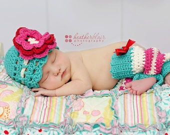 Baby Girl CROCHET PATTERN - Blueberry Muffin Beanie / Headband & Leg Warmers - 4 sizes included, PDF instant download, photo prop flower hat