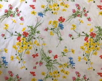 Vintage Fieldcrest Queen Flat Sheet // Retro Queen Unhemmed Sheet // Floral Queen Sheet // 1970's