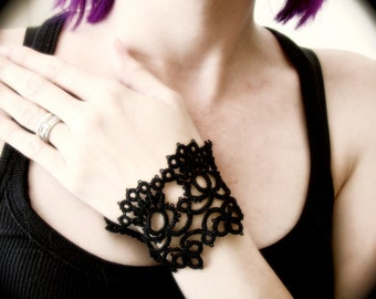 Tatted Lace Cuff Bracelet - Silken Road