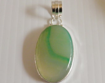 Green agate pendant set in Sterling, Marked 925