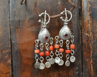 FREE SHIPPING. Handmade Silver and old Coral Earrings. Vintage Berber earrings. Unique piece. Moroccan, ethnic fibulae. Tribal jewellery