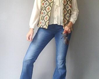 70s Boho Hippie FLORAL Print TAPESTRY RUG Vest (s-m)
