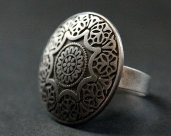 Spring Mandala Ring. Flower Mandala Ring. Button Ring with Adjustable Ring Base. Handmade Jewelry.