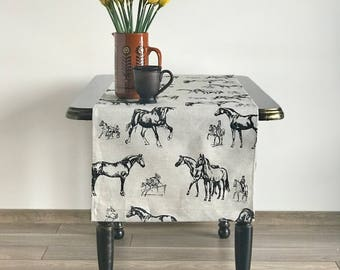 Spring Table runner-Mothers day gift-Horses table runner-Rustic table runner-countryhouse  linens-Farmhouse table runner-modern table runner