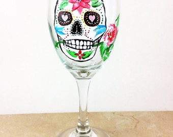 Skull wine glasses, Sugar Skulls, Dia de Los Muertos, Custom wine glass, All souls Day, Day of the Dead, Gift for him, wedding gift, skulls