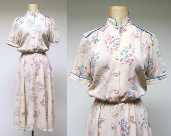 Vintage 1970s Dress / 70s Beige Butterfly Floral Print Day Dress / Small