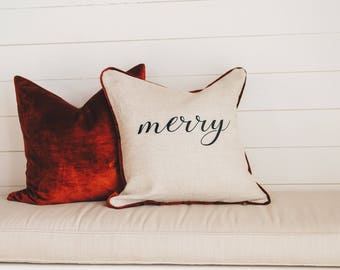 Merry Decorative Pillow Cover