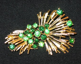 1950s Lisner Brooch, 1950s Green Lisner Brooch, LISNER, 1950s, Green and Gilt 50s Pin, BONUS GIFT of Handmade Bib to Wear Pin as Necklace