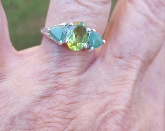Peridot emerald ring size 7 1980's 2.3ct GENUINE NATURAL emerald peridot estate vintage sterling ring