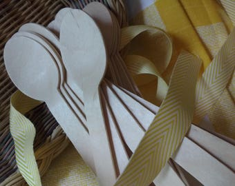 50 Disposable Wooden Utensils,Cutlery, 50 Spoons , Eco Friendly, Wooden Silverware, Tableware, Wood Silverware, Wedding