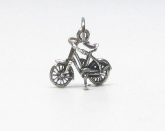 BICYCLE CHARM GIFT, Bicycle Necklace, Bicycle Gift, Bicycle, Vintage Bicycle, Bike Jewelry, Sterling Silver, Charms, Gift for Women, Pendant