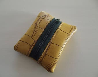 Green and light brown imitation leather pocket wallet