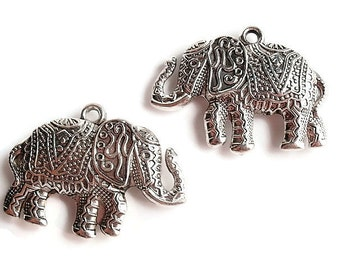6 Antiqued Silver Color Charms / Pendant, Finding Supply, Charming Plated Acrylic Elephant, LEAD FREE